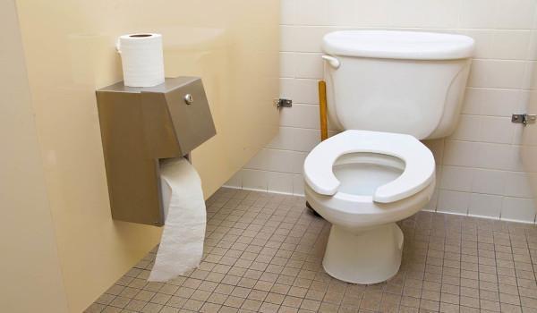 Khám phá những bí ẩn về vi khuẩn gây chết người tại các nhà vệ sinh
